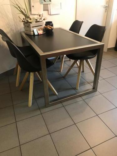Tisch indoor